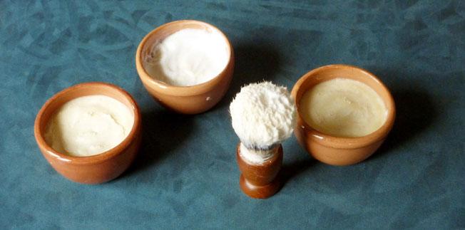 Tazzine-ciotoline-vasetti-con-schiuma-da-barba-38,74K.jpg